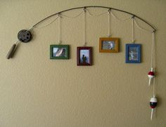 (cute for a fishing themed boy room) Old Fishing Pole.re-purposed into a unique & rustic picture hanging decoration for the wall. Just attach assorted pictures by string on the pole and hang up. Love the bobbers as decoration! Do It Yourself Upcycling, Do It Yourself Decoration, Do It Yourself Baby, Rustic Pictures, Wedding Pictures, Lodge Decor, Home And Deco, Just In Case, Recycling