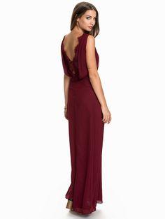Nelly.com: Lace Deep Back Dress - NLY Eve - kvinna - Burgundy. Nyheter varje dag. Över 800 varumärken. Oändlig variation.