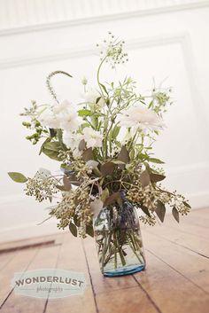 DIY all white wedding flowers in antique blue mason jars ~ simple, easy, affordable & pretty!