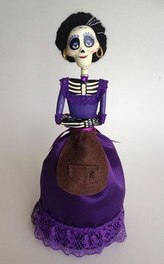 *** Thank you 😊 ****RESERVED LISTING**** Mamá Imelda Coco Movie Character. This paper mache catrina is handmade. Halloween Eve, Halloween Ornaments, Halloween House, Holidays Halloween, Halloween Crafts, Halloween Decorations, Halloween Costumes, Christmas Ornaments, Disney Furniture