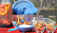 """Fun """"Sea"""" Themed Table for Seafood Boils/Bakes #HomeDecor #Fun #Cookout"""