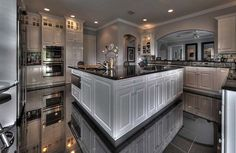 Now that we have begun a new year, people are looking into attractive and creative design ideas to help spruce up their homes, starting with the kitchen.