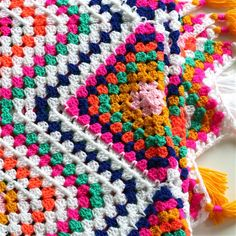 Boho Picknick-kleed Haken – Cuddlycool Crochet Box, Crochet Granny, Cute Crochet, Crochet Shawl, Crochet Afghans, Boho, Manta Crochet, Knitted Blankets, Rug Hooking