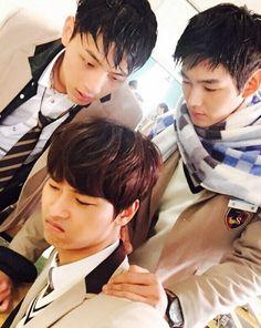 25 Fun photos of the Cheer Up cast palling around on set Hoseok, Namjoon, Taehyung, Yoonmin, Lee Won Geun, Sassy Go Go, Up Cast, Song Wei Long, Ji Soo