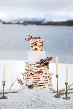 Crooked Tree Coffee and Cakes + Rustique + Ariel Dawn Photography | Styled Winter Shoot | Great Falls, Montana — Ariel Dawn Photography | Wedding Photographer Great Falls, Montana