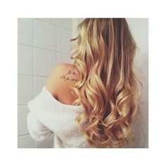 Side Curly Hairstyles ❤ liked on Polyvore featuring hair and hairstyles