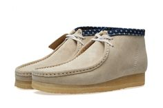 CLARKS WALLABEE BOOT (CHALK COMBI)
