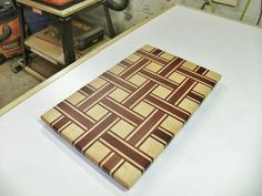 Another Basket Weave Cutting Board Diy Cutting Board, Wood Cutting Boards, Butcher Block Cutting Board, Wood Boards, Butcher Blocks, Woodworking Guide, Custom Woodworking, Woodworking Projects Plans, Wooden Chopping Boards