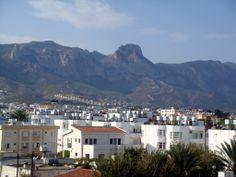 REPUBLICA TURCA DEL NORTE DE CHIPRE Cordillera Pentodáctilos desde Girne-Kyrenia