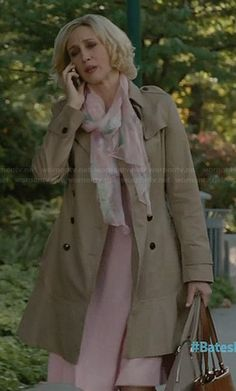 Norma's trench coat with flared hem on Bates Motel. Outfit Details: http://wornontv.net/30719/ #BatesMotel