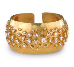 """Cuff It - Kate Beckinsale at the """"Underworld: Awakening"""" Premiere Stylish Jewelry, Cute Jewelry, Nail Jewelry, Jewellery, Gold Jewelry, Jewelry Box, Wedding Jewelry, Wedding Gold, Dream Wedding"""