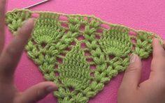 Knitting patterns, knitting designs, knitting for beginners. Filet Crochet, Poncho Crochet, Crochet Mignon, Crochet Bedspread Pattern, Crochet Motifs, Crochet Chart, Crochet Scarves, Cute Crochet, Knitting Stitches