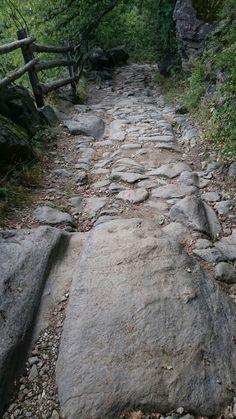 Alter römerweg... Roman Empire, Austria, Sidewalk, Country Roads, Hiking, Roman Britain, Pavement, Curb Appeal