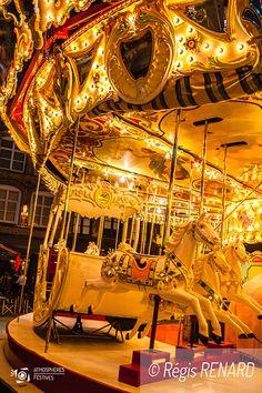 Manège : Intemporel -Art forain- carrousel -chevaux de bois - nostalgie - fête foraine
