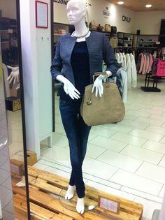 ... Madewell, Mens Fashion, Tote Bag, Jeans, Women, Style, Men Fashion, Man Fashion, Women's