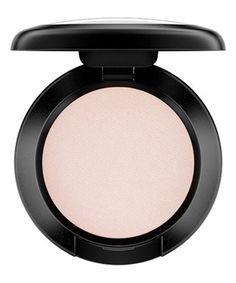 MAC Eyeshadow In Shroom Brown Eyeshadow, Mac Eyeshadow, Neutral Eyeshadow, Makeup Tips, Beauty Makeup, Eye Makeup, Makeup Ideas, Diy Beauty, Sombras Mac