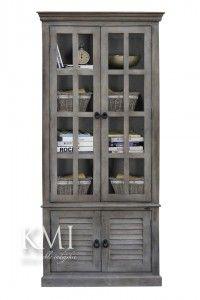 """drewniana witryna z żaluzjowymi drzwiami  """"Queen Grey"""""""