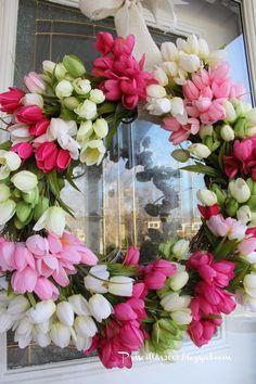 DIY Spring Tulip Wreath via Priscilla's