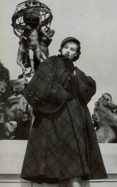 1949 - Christian Dior coat