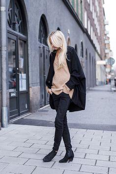 Sunday 11/1 | Ellen Claesson   #fashion #streetstyle #swedish #blogger #EllenClaesson #Zara #GinaTricot #AcneStudios