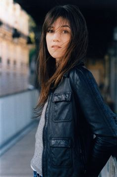 Charlotte Gainsbourg... Her eyes are HUGE! So gorgeous! :)