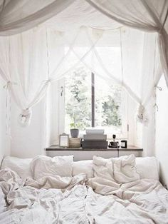 18 Small Bedroom Design Ideas - Decorate A Stylish Tiny Bedroom - Page 13 All White Bedroom, Dream Bedroom, Home Bedroom, Bedroom Decor, White Bedrooms, Canopy Bedroom, Bedroom Ideas, Magical Bedroom, Bedroom Nook