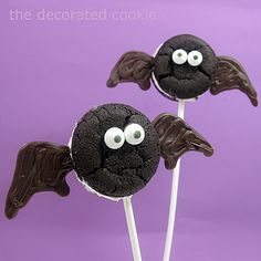 bat (and spider) Oreo Cakester pops for Halloween