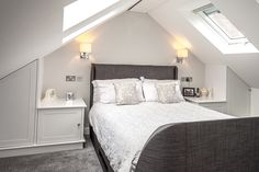 Small Attic Bedroom for your home. Dormer Bedroom, Attic Master Bedroom, Attic Bedroom Designs, Attic Design, Bedroom Loft, Loft Conversion Bedroom, Attic Conversion, Attic Bedroom Small, Attic Bedrooms