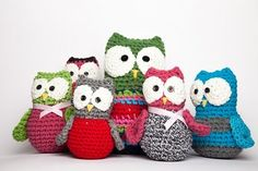 how to crochet a cute owl family Crochet Owls, Crochet Amigurumi, Crochet Motifs, Crochet Cross, Knit Or Crochet, Crochet Animals, Crochet Patterns, Owl Family, Cool Diy Projects