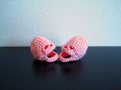 Pink crocheted skulls as Valentine's Day gift: creepy or cute?