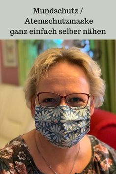 DIY Mundschutz / Atemschutzmaske selber machen In this you will learn how you can easily make a mout Diy Mask, Diy Face Mask, Sewing Patterns Free, Free Sewing, Art Minecraft, Nose Mask, Mouth Guard, Pocket Pattern, Mouth Mask