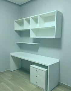 I like the shelves on the wall - Lebensstil Monster Small Room Design, Home Room Design, Home Office Design, Home Office Decor, Bedroom Closet Design, Girl Bedroom Designs, Bedroom Decor For Teen Girls, Room Ideas Bedroom, Study Room Decor