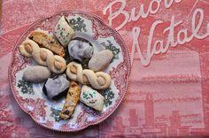 Ciao Chow Linda: Italian Gals Cookie Exchange