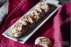 Receita de Biscoitinho de tapioca com leite condensado e coco em receitas de biscoitos e bolachas, veja essa e outras receitas aqui!