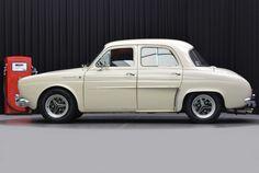 #Renault #Dauphine #Gordini #Look