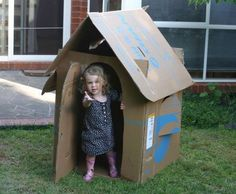 Picture of Free Childrens Cardboard Box Playhouse (Flat-packable) Fun Crafts To Do, Crafts For Kids, Forts En Carton, Cardboard Playhouse, Cardboard Boxes, Cardboard Crafts, Carton Diy, Green Office, Idee Diy