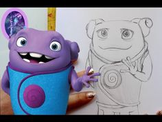 Let's draw Oh from Dreamwork's Home instead! I hope you enjoy this adorable little alien tutorial! Alien Drawings, Cute Animal Drawings, Cartoon Drawings, Dreamworks Home, Favorite Cartoon Character, Home Movies, First Art, Art Tutorials, Cartoon Characters