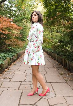 Look: Turn a Jacket into a Dress  #fashion #look #blogger #jacket #print #outfit #london #streetstyle #pink