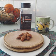 Pancakes make me happy  #morning #breakfast #pequenoalmoço #yummy #fitfam #fitfood #eatwell #eatclean #eattogrow #fitgirl #fitlife #fitness #fitnessportugal #fitness_portugal #saudavel #sagafitpt #comerlimpo #comidadobem ( # @lenaisabelgoncalves)