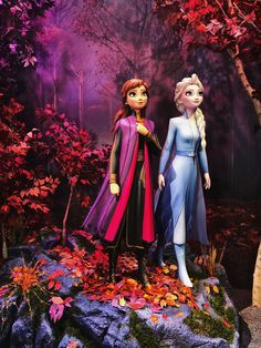 Movie: Frozen II Movie: Frozen II Elsa, Anna, Kristoff and Olaf head far into the forest to learn the truth about an ancient mystery of their kingdom. Frozen Disney, Frozen Movie, Elsa Frozen, Disney Love, Disney Art, Frozen 2013, Frozen Princess, Frozen Party, Movie Film