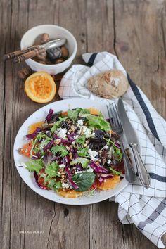 Dreierlei Liebelei ist ein Inspirations-, Food- und Liefstyle-Blog. Hier dreht es sich hauptsächlich um gutes Essen, Reisen, ein schönes Zuhause und meinen Job als selbstständige Bloggerin und Fotografin.