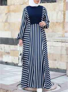 Women's Islamic Clothing: New Summer Collection Modest Dresses, Modest Outfits, Stylish Dresses, Mode Abaya, Mode Hijab, Modern Islamic Clothing, Moslem Fashion, Muslim Women Fashion, Abaya Designs