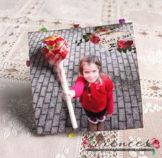 """Take photo then """"slip"""" lolly through hand. Would be lovely with a flower for mothers day – Cumpleaños Birthday Treats, Party Treats, Party Gifts, Boy Birthday, Cute Gifts, Diy Gifts, Diy For Kids, Crafts For Kids, Foto Fun"""