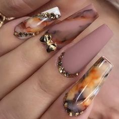 Try out our most popular marbling ink product at APRESNAIL. Shop our entire Artisté Collection… : Try out our most popular marbling ink product at APRESNAIL. Shop our entire Artisté Collection… Glam Nails, Dope Nails, Matte Nails, Fall Nail Designs, Acrylic Nail Designs, Perfect Nails, Gorgeous Nails, Best Acrylic Nails, Pretty Nail Art