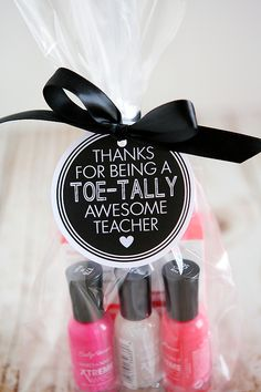 Toe-tally Awesome Teacher Gift | Eighteen25