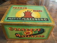 A very big italian tin Milano
