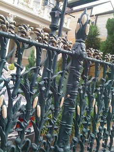 cast iron cornstalk fence, New Orleans