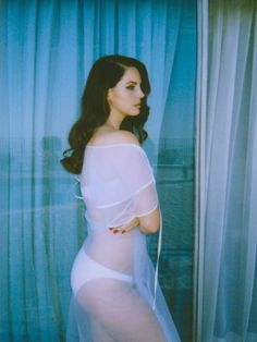 BORN TO LANA