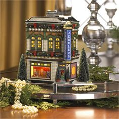 "Department 56: Products - ""Pearlson's Jewelry"" - View Lighted Buildings"