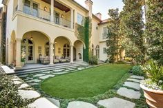View 25 photos of this $5,995,000, 5 bed, 5.5 bath, 9084 sqft single family home located at 3516 Beverly Dr, Dallas, TX 75205 built in 1997. MLS # 13151561.